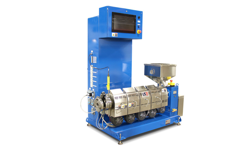 1.5 inch 24:1 lowboy extruder with touch screen controls
