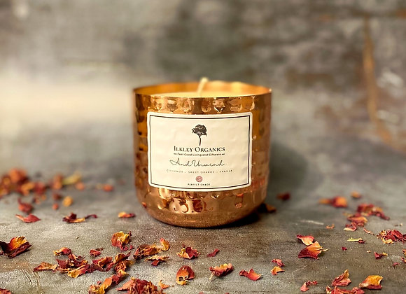 Medium Essential Oil Natural Wax Candle  (Cinnamon, Sweet Orange & Vanilla)