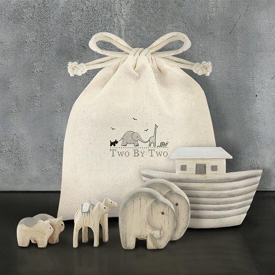 Wooden Decorative Noah's Ark Set