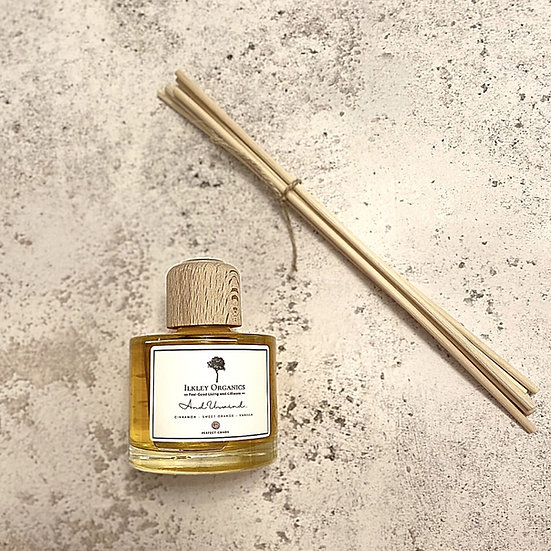 Essential Oil Reed Diffuser (Cinnamon, Sweet Orange & Vanilla) 100ml