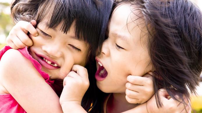 Quando o comportamento agressivo de crianças é normal, em que momento preciso me preocupar?
