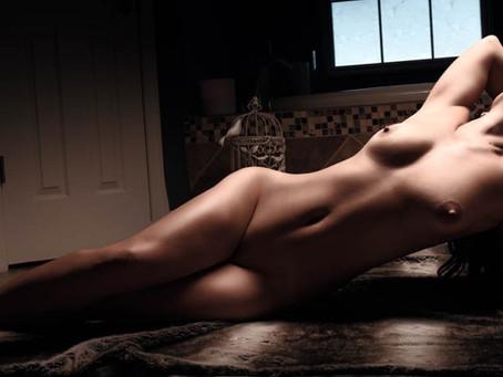 Classy Nude Boudoir Session