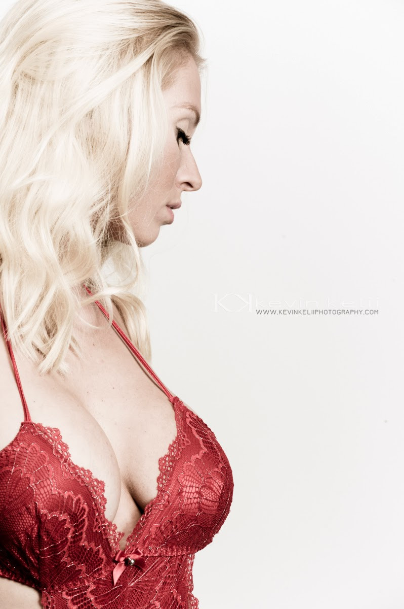 Valentine's Day Boudoir Photography Session With Jenny JPG3