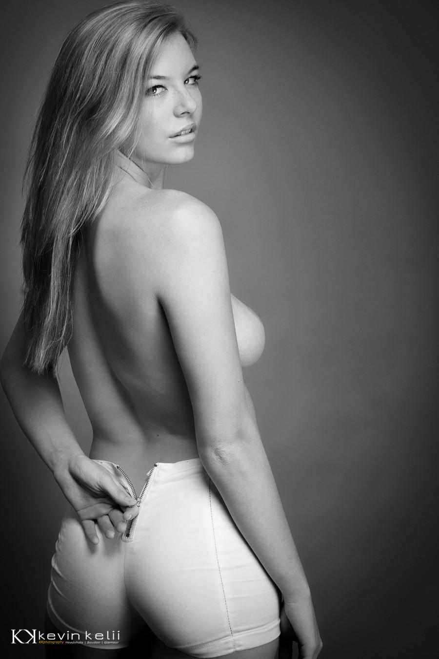 Classy Nude Photography  shoot-007.jpg