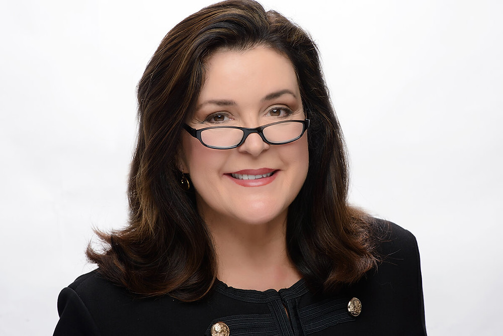 Lisa's Headshot Image 1
