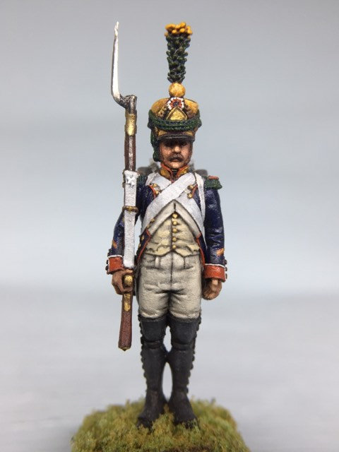 11.023-M Voltigeur Company Sergeant Standing in Shako