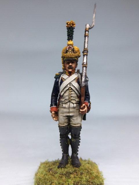 11.025-M Line Infantry Voltigeur Standing in Shako