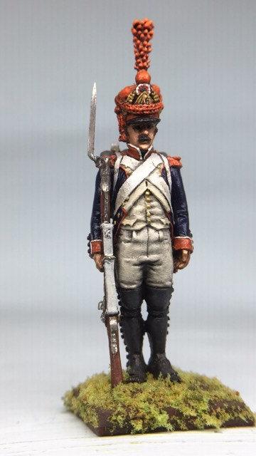 11.046-M Line Infantry Grenadier Standing in Shako