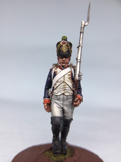 11.013-M Line Infantry Fusilier Marching in Shako