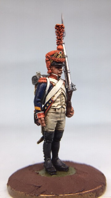 11.047-M Line Infantry Grenadier Standing in Shako