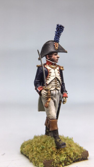 11.049-M Line Infantry Officer Marching in Bicorn