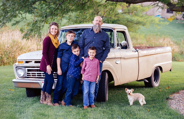 dr-amber-Beckenhauer-family.png