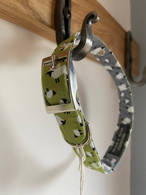 BlossomCo Dog Collar Sheep. Perfect gift for dog lovers handmade in England