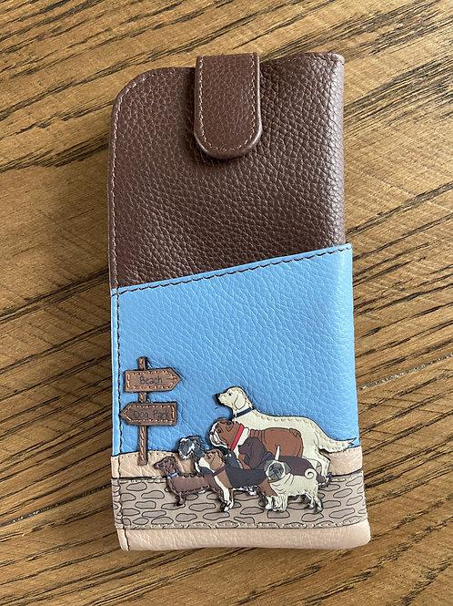 Yoshi Glasses Case Chilton Leather Dog Walk Collection