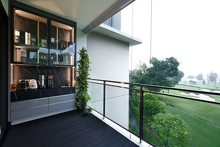 - balcony.jpg