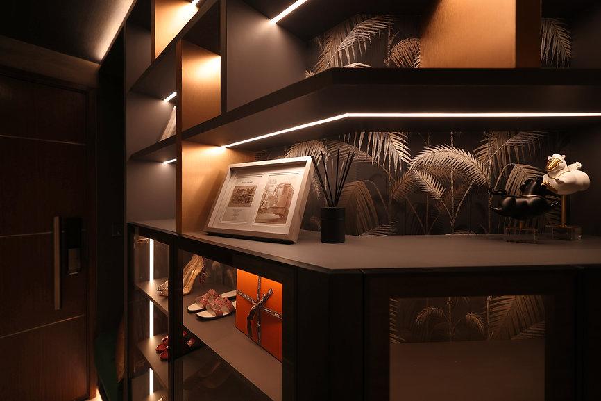 - shoe cabinet ii.jpg