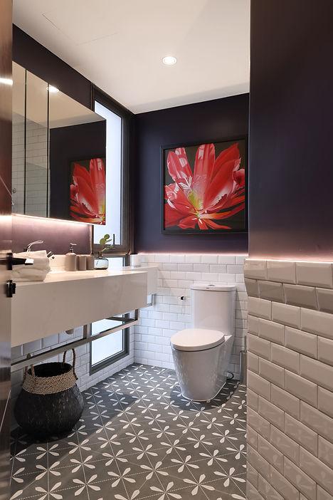 - common bath.jpg