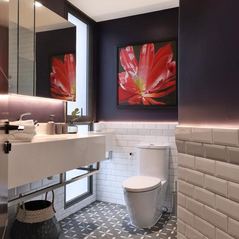 Miltonia Residences | Common Bath