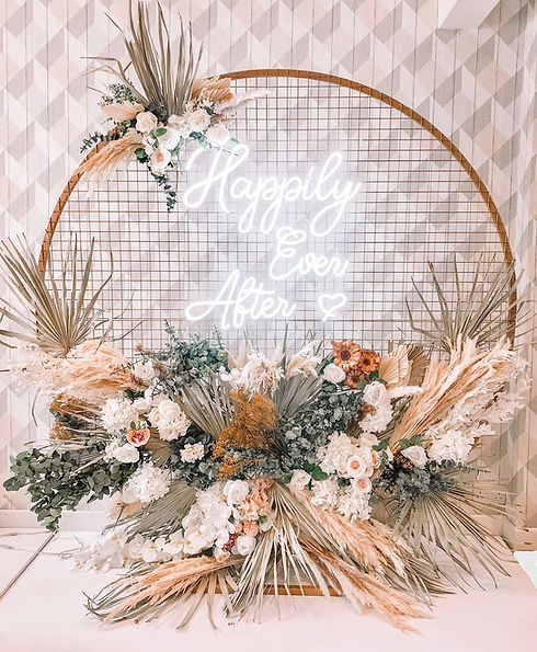 Mesh Backdrop, Neon Sign & Dried Florals