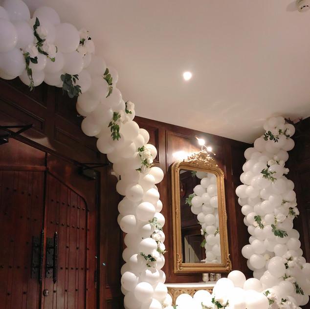White waterfall balloon garland