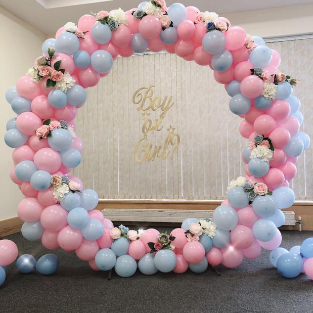 Gender reveal balloon hoop   Size - 1.8m
