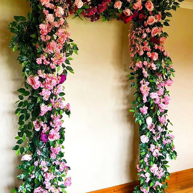 Singe door floral arch   Size 1.2m wide & 2.2m tall