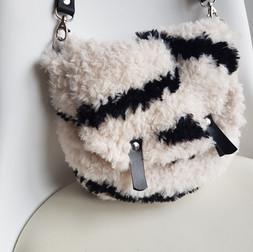 Sac laine écru avec rayures laine noir