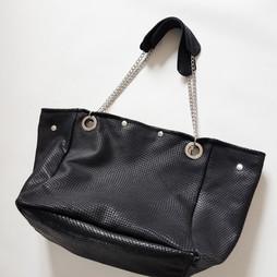 Modèle Beryl cuir écailles noir