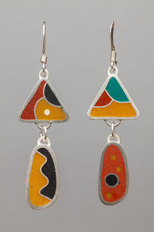 Resin bead earrings, sand/orange