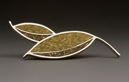 Tea Leaf Brooch