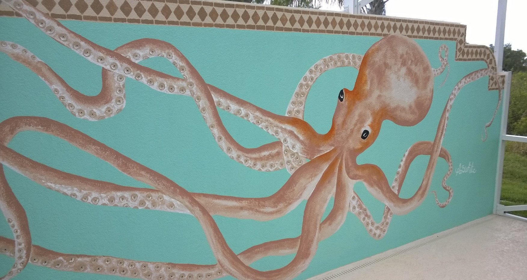 Octopus mural in Tradition