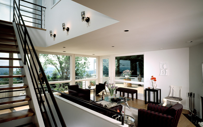 1125 Fort View Residence