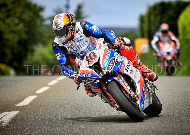 Peter Hickman (close-up)- Super-bike Race 1