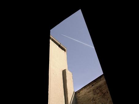 ventanaNegra.jpg