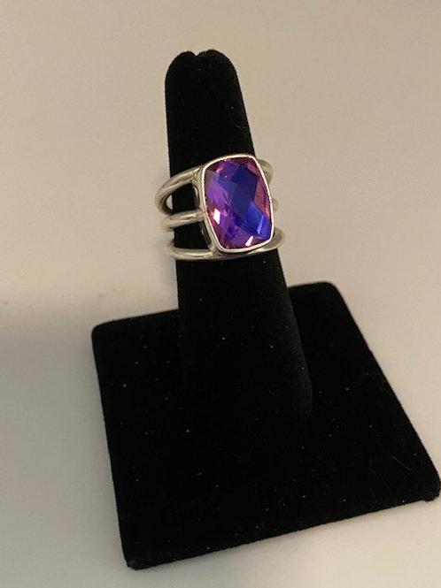 Magenta Quartz ring