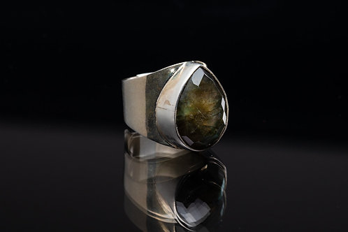 Faceted Laboradorite Ring