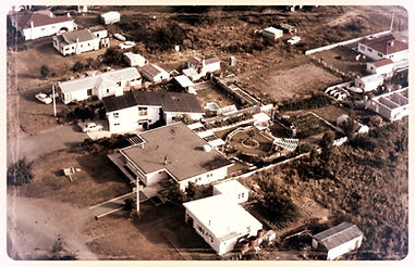 Aerial of Lakeside home early_edited.jpg