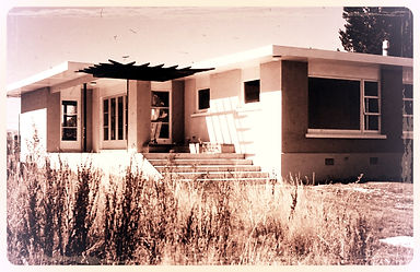 Lakefront Home 1959_edited.jpg