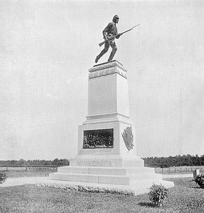 Monument to the 1st Minnesota Regiment at the Gettysburg Battlefield in Pennsylvania [Image released into the public domain]