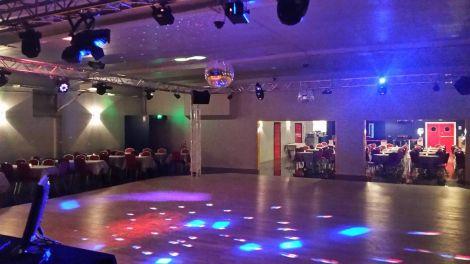 Salle repas dansant