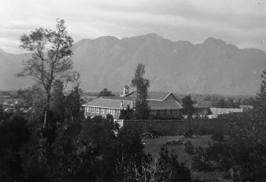 Vista del Monasterio Santa Clara de Pucón. Después de 1958