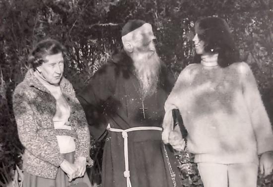 Con su tía Isabel Subercaseaux y su sobrina Verónica Griffin