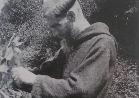 Padre Francisco Valdés, joven misionero. Hacia 1937