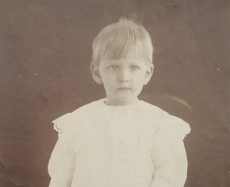 Maximiano Valdés de niño. Hacia 1911