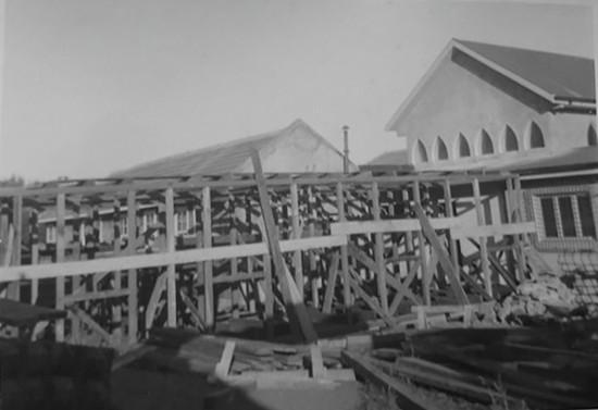 Construcción del Monasterio Santa Clara de Pucón. Hacia 1958