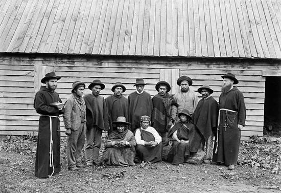 Capuchinos y mapuches