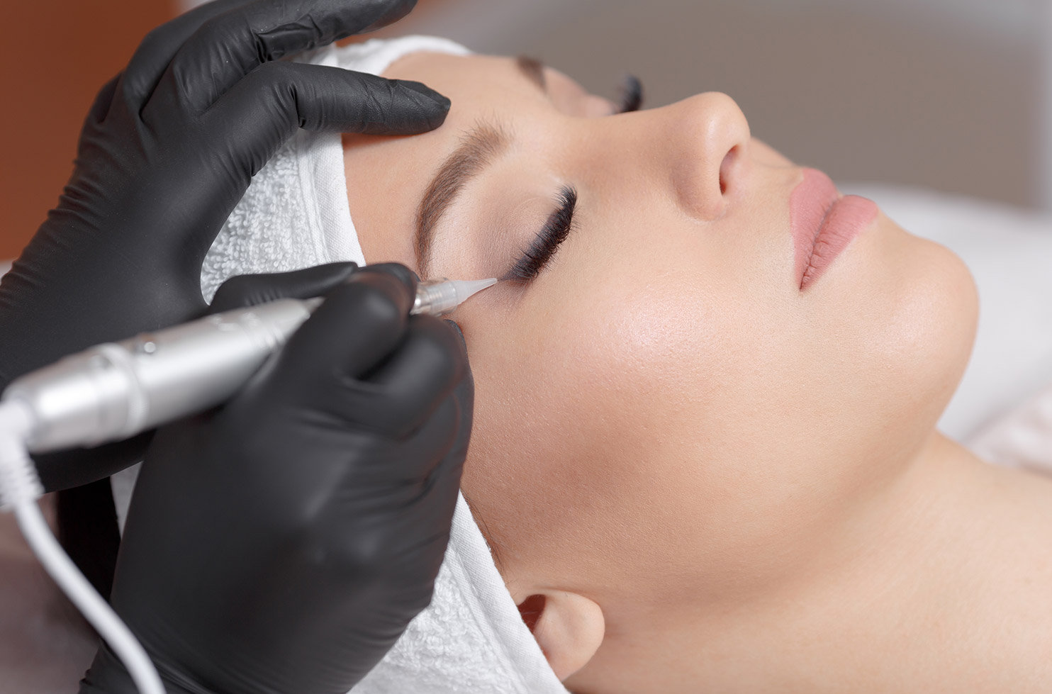 Eyelash & Eyeliner - Top or Bottom