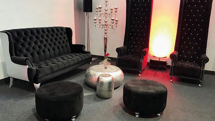 Barrock Lounge