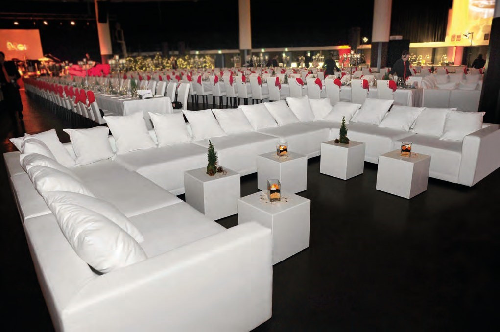 Lounge Sofa Cair