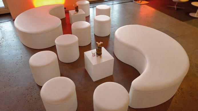 White Lounge Yin Yang